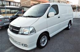 Toyota HiAce 2.5D-4D CX Fibrada