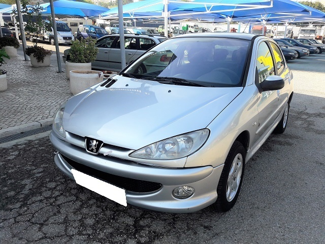 Peugeot 206 1.4HDI Black and Silver Edition