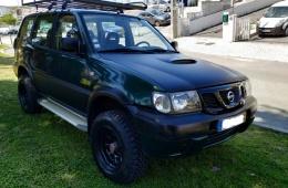 Nissan Terrano 2.7 TD Longo 7 Lugares