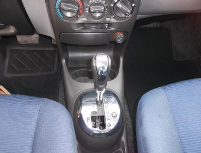 Fiat Punto 1.2 16V ELX Speedgear