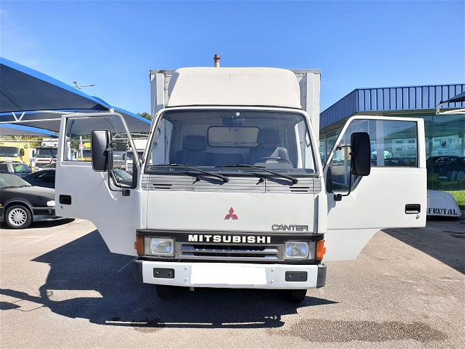 Mitsubishi Canter FE331 5.6TON