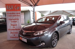 Toyota Avensis SW 2.0 D-4D Exclusive GPS