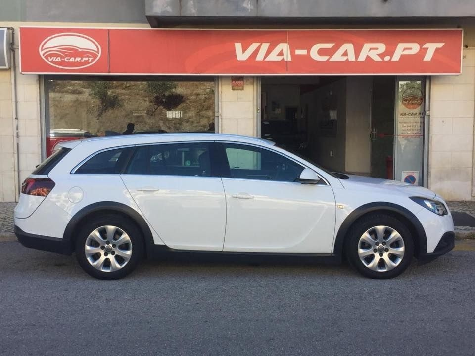 Opel Insignia sports tourer 1.6 Cdti COUNTRY TOURER 199€ mês