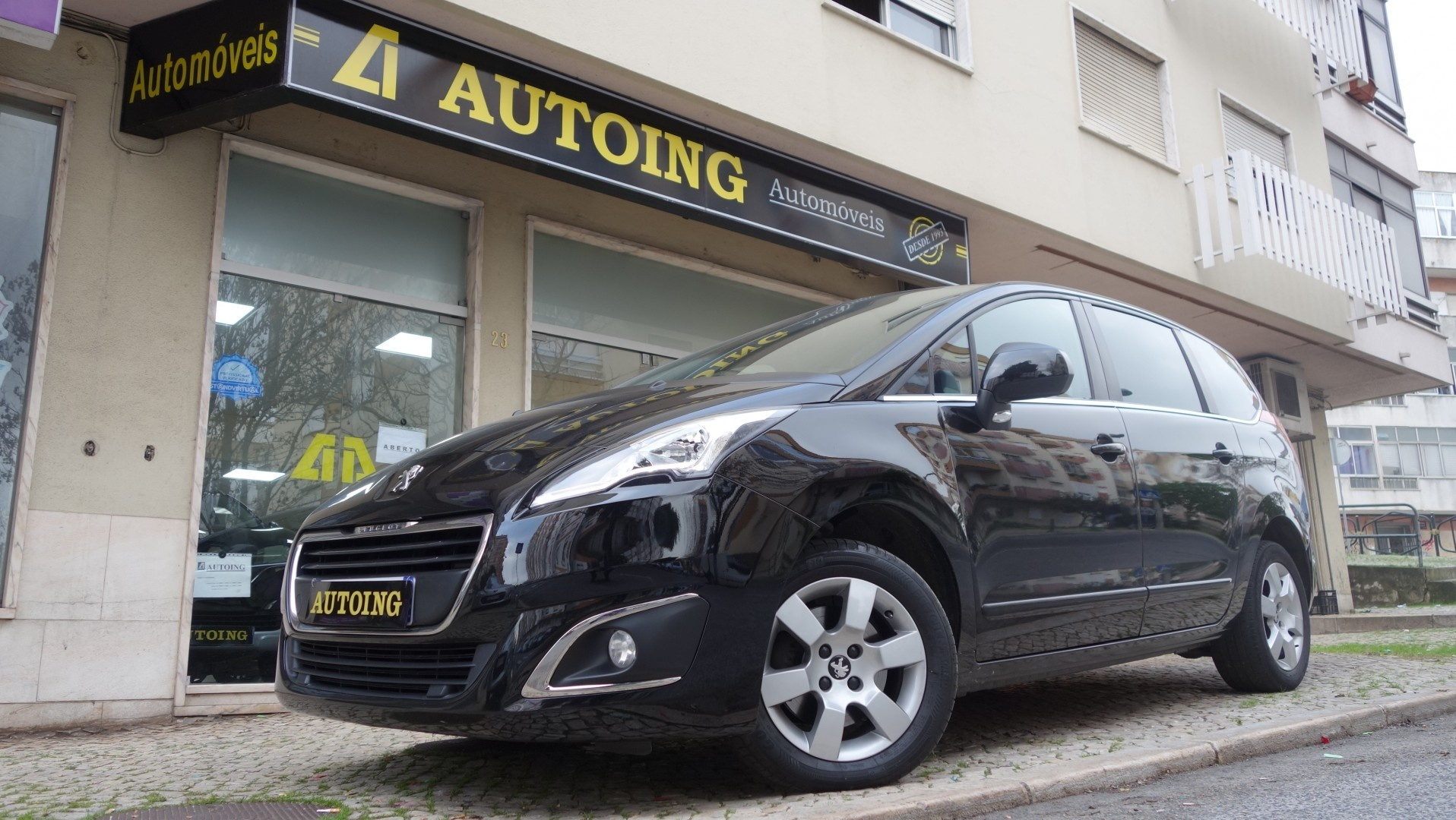 Peugeot 5008 1.6 HDI ACTIVE 120CV EAT6 7LUG.