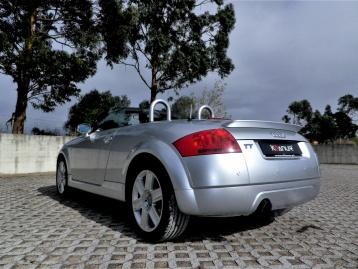 Audi TT 1.8T S Line NACIONAL