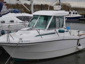 Jeanneau Merry Fisher 635
