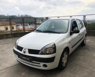 Renault Clio 1.5 DCI AC 5 LUGARES