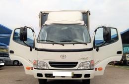 Toyota Dyna 35.37 ( 3500 Kgs )