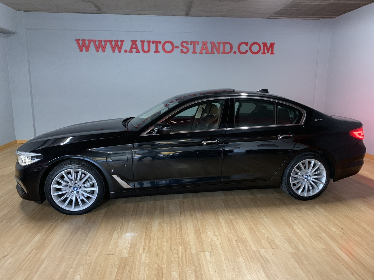 BMW 530 530IE PLUG IN LUXURY