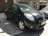 Toyota Yaris 80.000 KM - Garantia - Financiamento