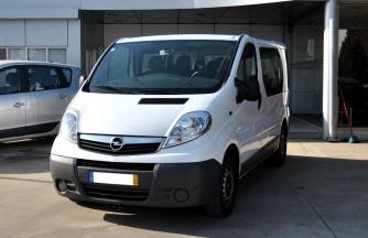 Opel Vivaro 2.0 TDCI L1H1 (9 LUGARES)