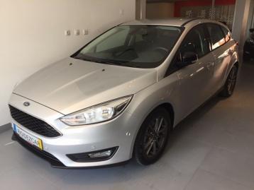Ford Focus 1.0 Scti m6 eco boost titanium Navi