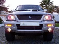 Mitsubishi L200 2.5 TD Strakar Sport Full Box