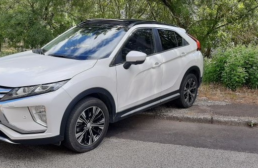 Mitsubishi Eclipse cross 1.5 M/T INSTYLE