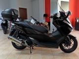 Honda Forza ABS + Akrapovic