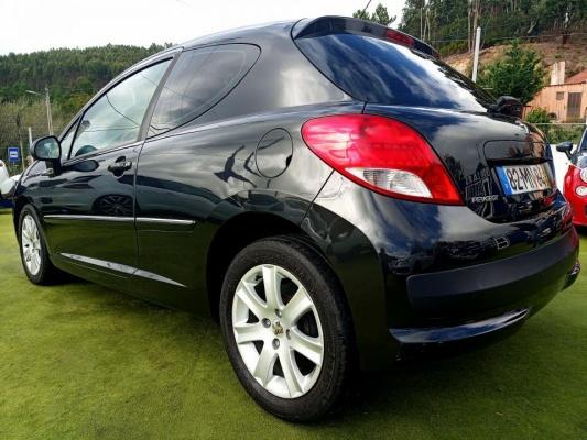 Peugeot 207 , 2011