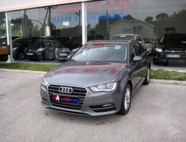 Audi A3  1.6 TDi Attraction Ultra