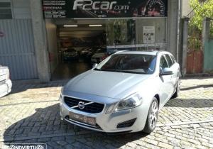 Volvo V60 2.4 D6 AWD PLUG IN HYBRID