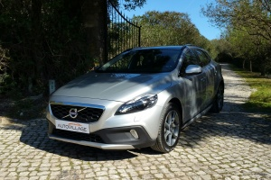 Volvo V40 2.0D3 Ocean Race Cross Country