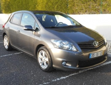 Toyota Auris 1.4 D-4D Exclusive+P.Sport