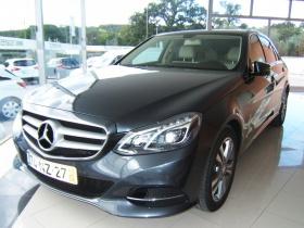 Mercedes-Benz E 250 CDi Avantgarde BlueEf. Auto. (204cv) (4p)  Ano: 2013