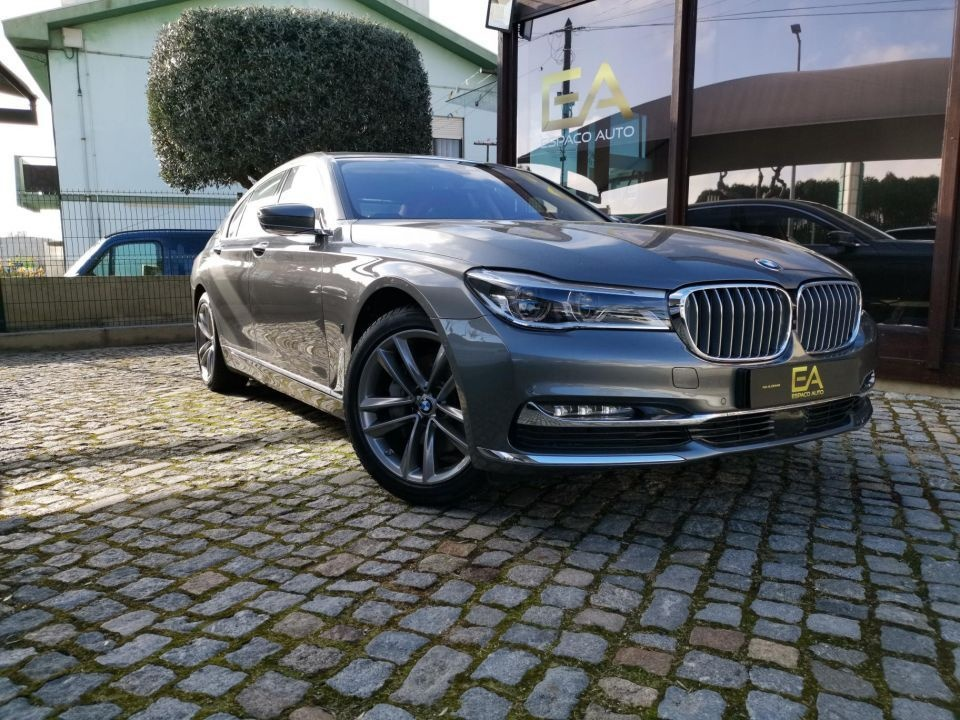Bmw 740 e Plug in full extras