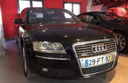 Audi A8 3.0 Tdi v6 Quattro limousine