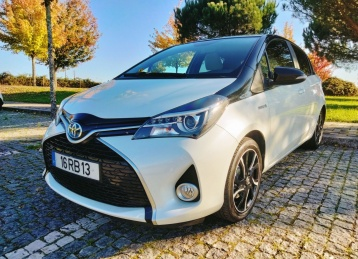 Toyota Yaris 1.5 HSD SPORT+ P. LUXURY HIBRIDO