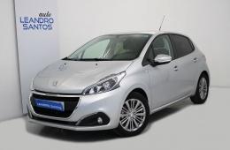 Peugeot 208 1.2 PureTech Style GPS