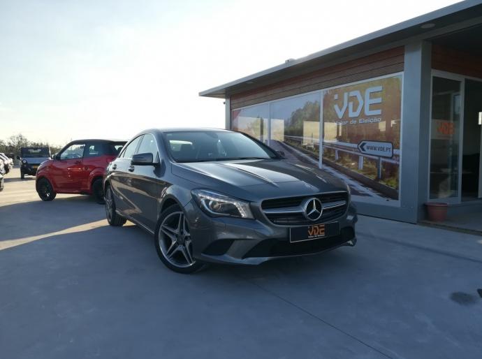 Mercedes-Benz Classe CLA AMG LINE