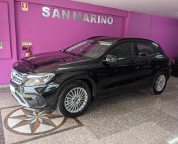 Mercedes-Benz Classe GLA 180i 122cv