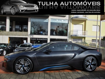 BMW i8 eDrive 365cv