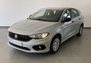 Fiat Tipo 1.4 Lounge Hatchback