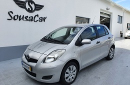 Toyota Yaris 1.0 VVT-i AC Manual