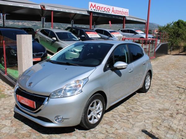 Peugeot 208 1.4 HDI Active (Nacional)