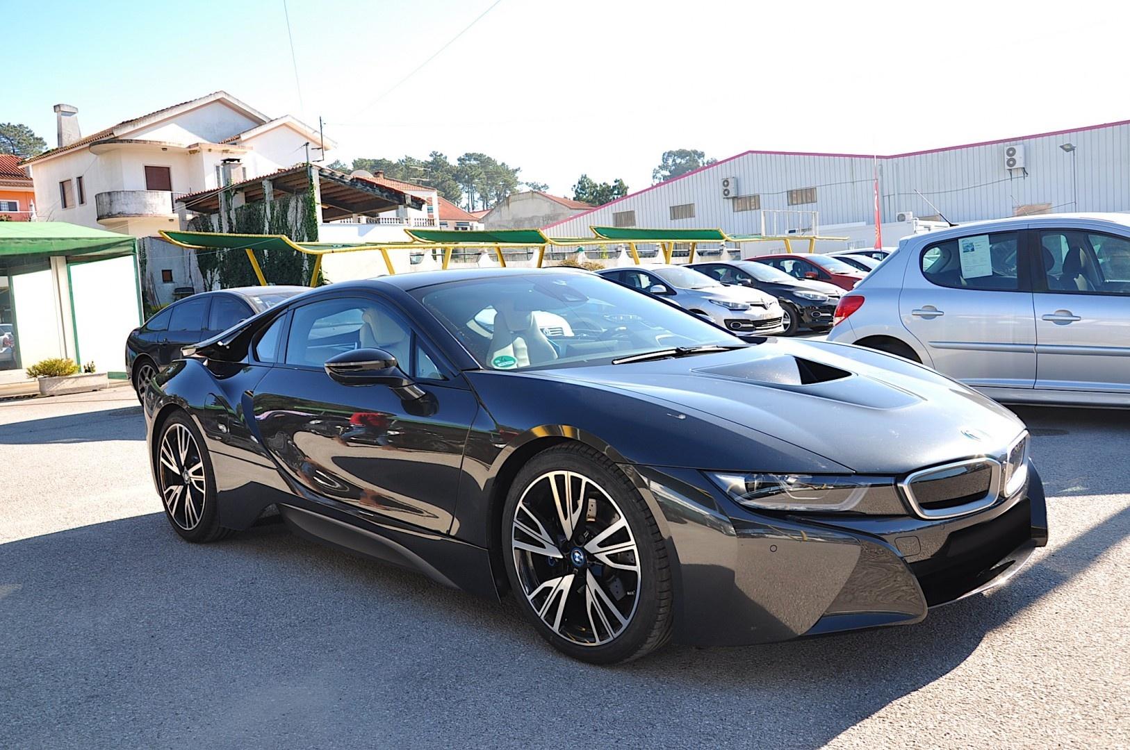 BMW i8 360cv