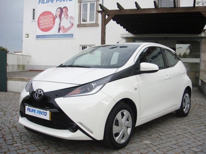 Toyota Aygo 1.0 X-Play + AC