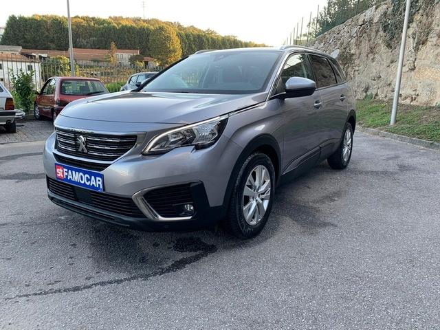 Peugeot 5008 1.6 HDI 7l