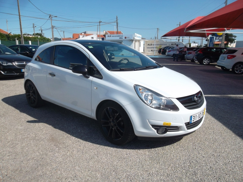 Opel Corsa 1.2 BLACK EDITION C/GPL