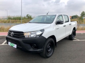 Toyota  Hilux CD 2.4 D-4D 150cv 4X4