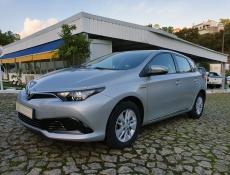 Toyota Auris 1.8 VVT-i HSD Comfort Navi