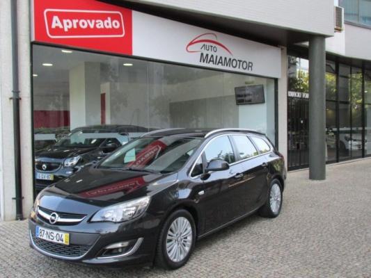 Opel Astra sports tourer, 2013