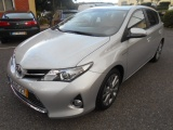 Toyota Auris .1.8 HSD HYBRID CONFORTJJ 17