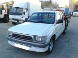 Toyota Hilux 4 x 2 Cabine Extra
