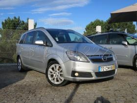 Opel Zafira 1.9 CDTI COSMO AUT