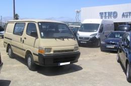 Toyota HiAce 2,5 DE 7 LUGARES