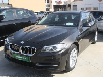 BMW 520 Touring 190 CV Line Luxury