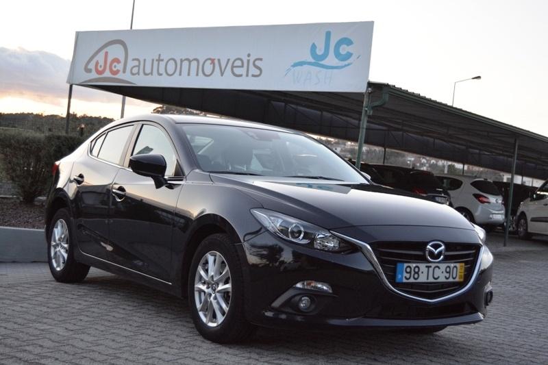 Mazda 3 Sedan Skyactiv-D 1.5 Evolve Navi