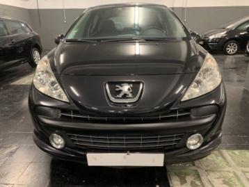 Peugeot 207 1.4 I SPORT