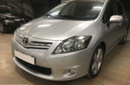 Toyota Auris 1.4-4D EXCLUSIVE PACK SPORT